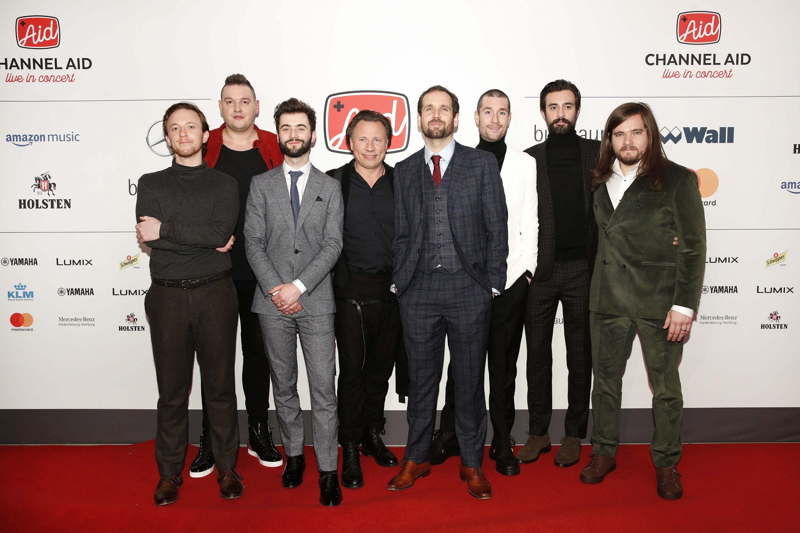 Red Carpet mit BASTILLE, Kristjan Järvi un dFabian Narkus